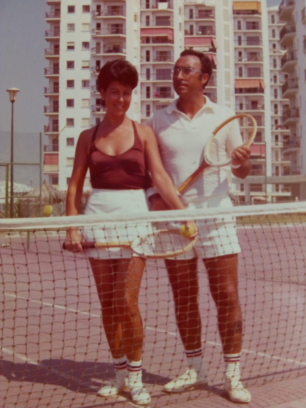 Olga y Manolo Tenis